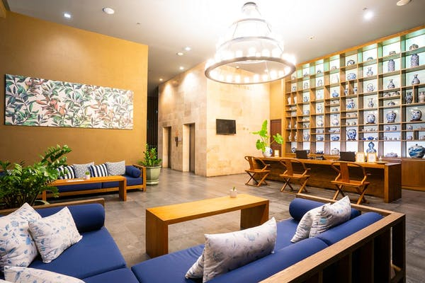 Sunsuri Phuket Hotel - Image 1