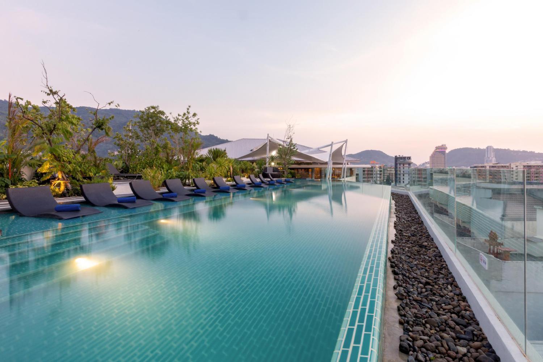 Oakwood Hotel Journeyhub Phuket - Image 3