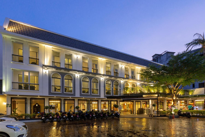 Sawaddi Patong Resort & Spa - Image 4