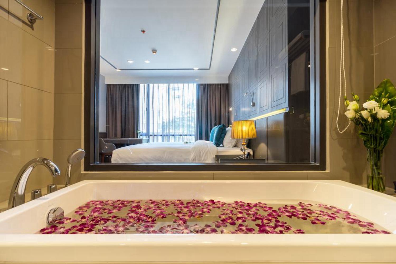 Well Hotel Bangkok Sukhumvit 20 - Image 1
