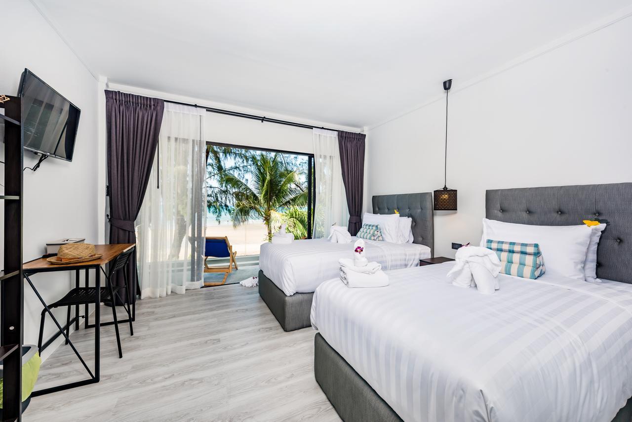 Thai Kamala Beach Front Hotel - Image 2