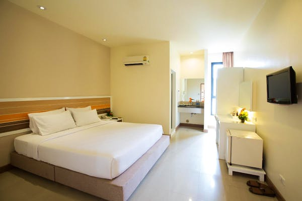 Imm Thaphae Chiang Mai Hotel - Image 1