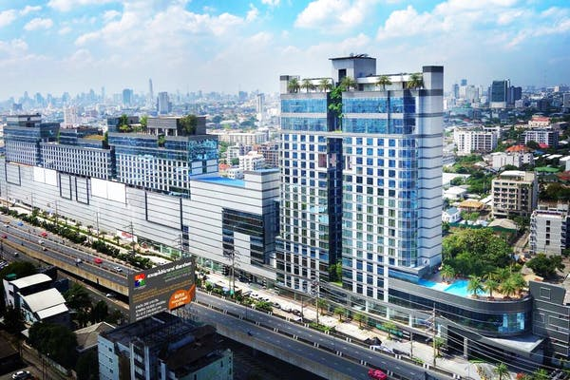 The Bazaar Hotel Bangkok - Image 5