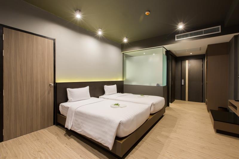 Maya Phuket Airport Hotel - Image 1