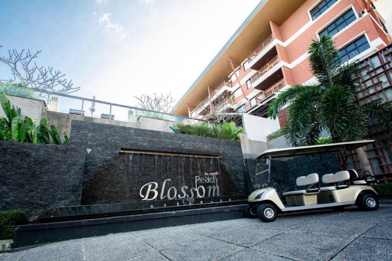 Peach Blossom Resort and Pool Villa - Image 1