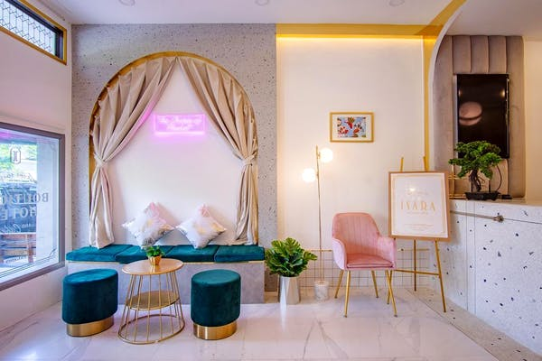 Isara Boutique Hotel and Cafe - Image 1
