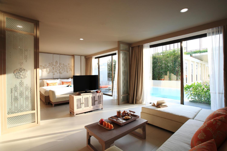 Proud Phuket Hotel - Image 2