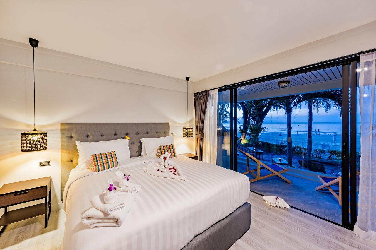 Thai Kamala Beach Front Hotel