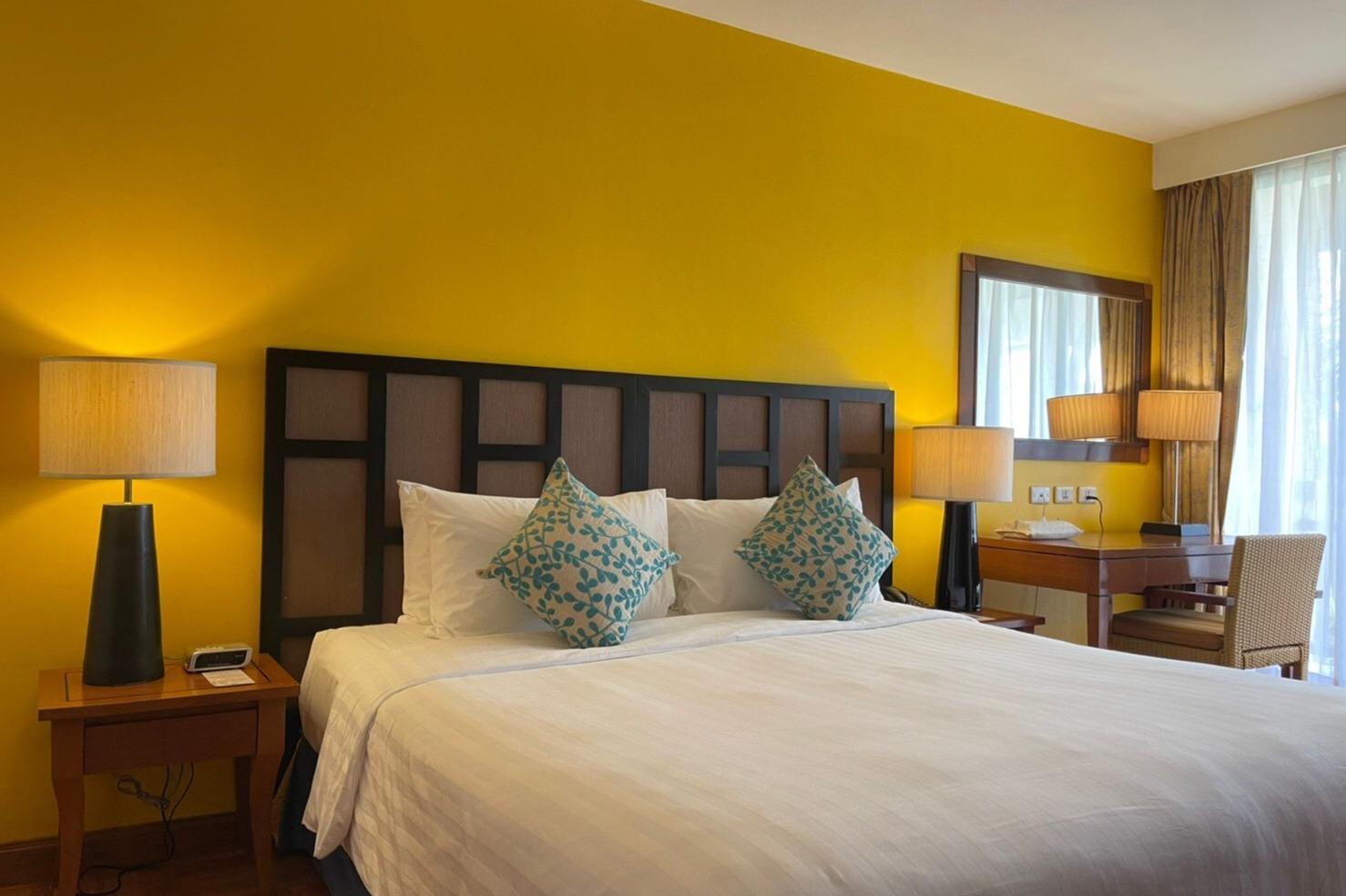Laguna Holiday Club Phuket Resort - 1