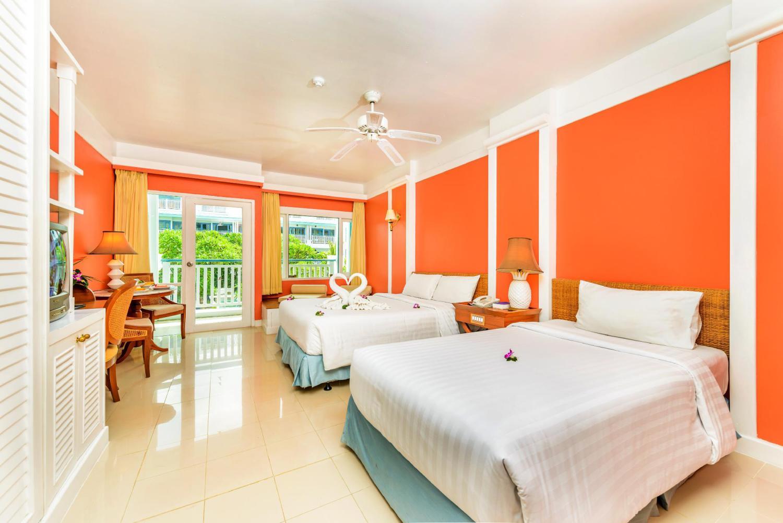 Andaman Seaview Hotel - Image 1