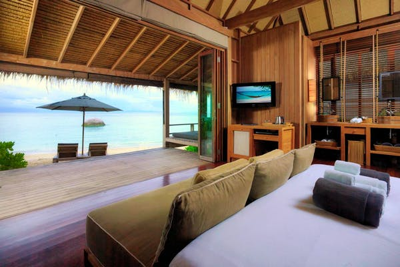 Haadtien Beach Resort - Image 0