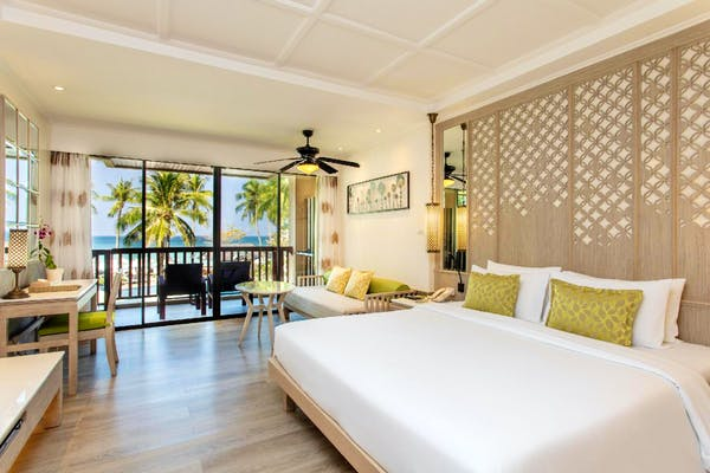 Katathani Phuket Beach Resort - Image 3