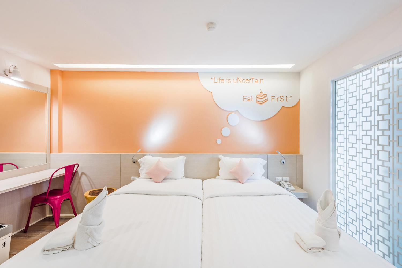 The Tint at Phuket Town Hotel - Image 4