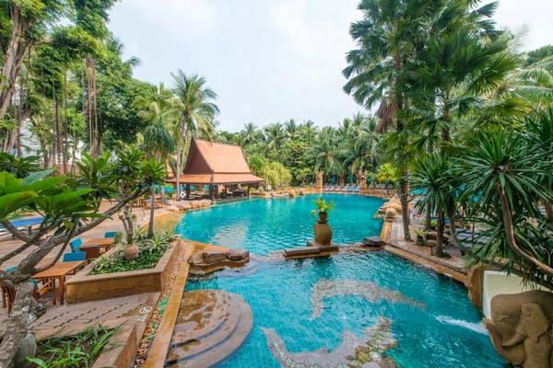 Avani Pattaya Resort - Image 1