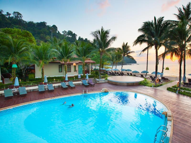 Khaolak Bay Front Hotel