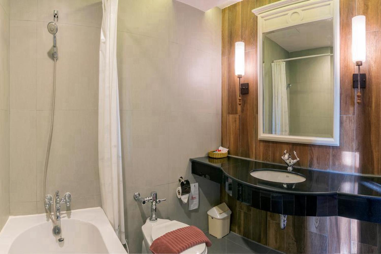Royal Rattanakosin Hotel - Image 4