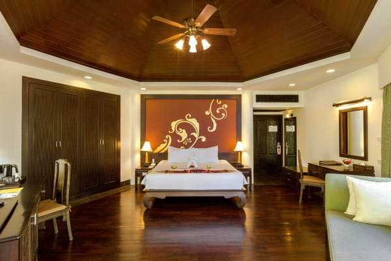 Seaview Resort Khao Lak - Image 2