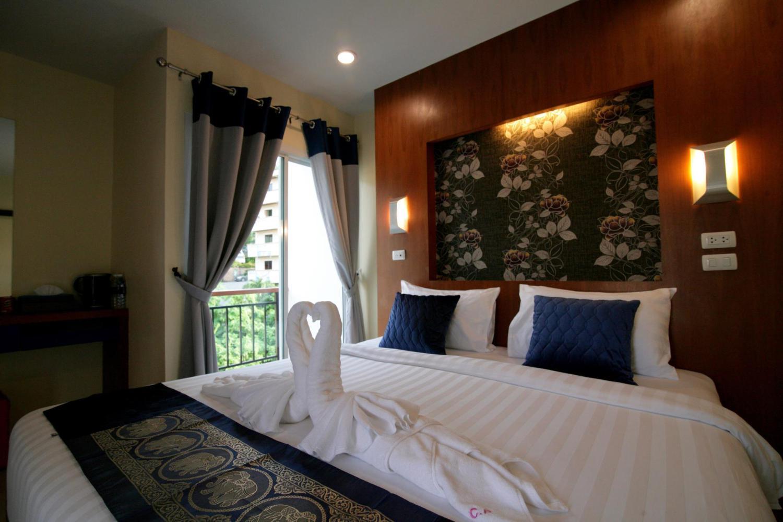 Calypso Patong Hotel - Image 4