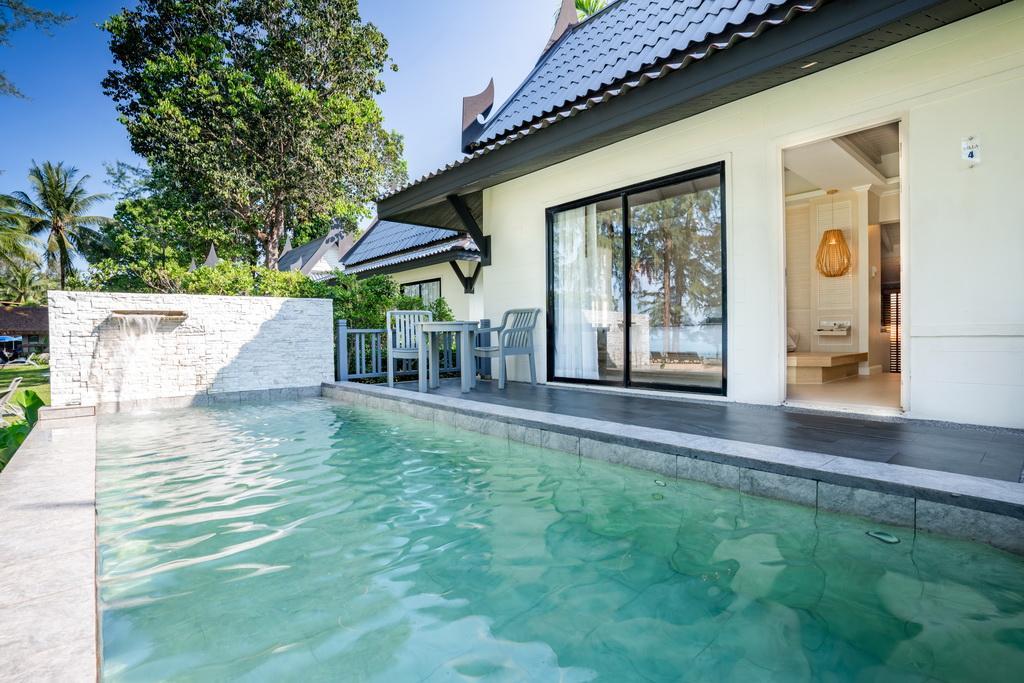 Khaolak Emerald Beach Resort & Spa - Image 1