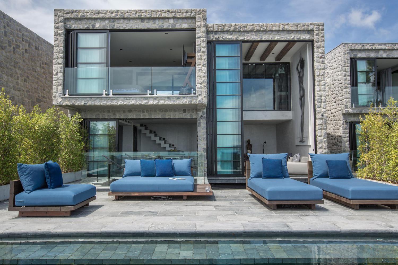 Clay Beach Samui (Luxury Beachfront Villa) - Image 0