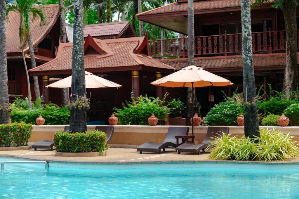 Royal Phawadee Village Patong Beach Hotel - Image 3