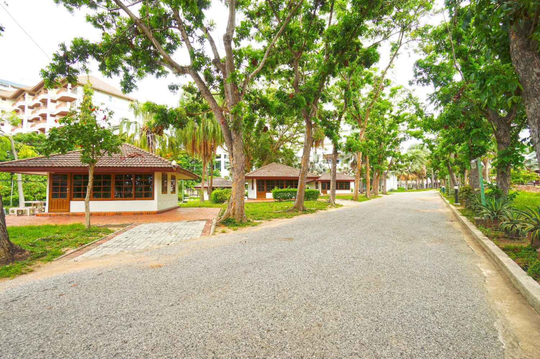 Pattaya Park Beach Resort - Image 4