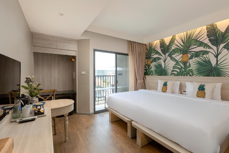 Sawaddi Patong Resort & Spa - Image 1