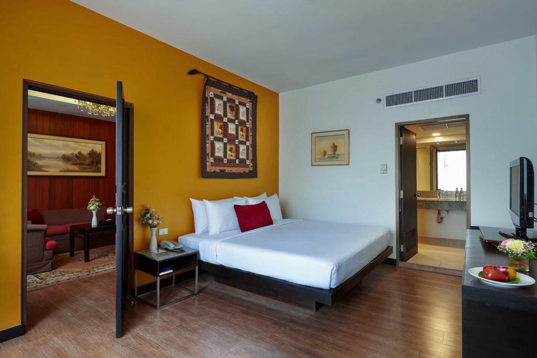 Ambassador Hotel Bangkok - Image 2