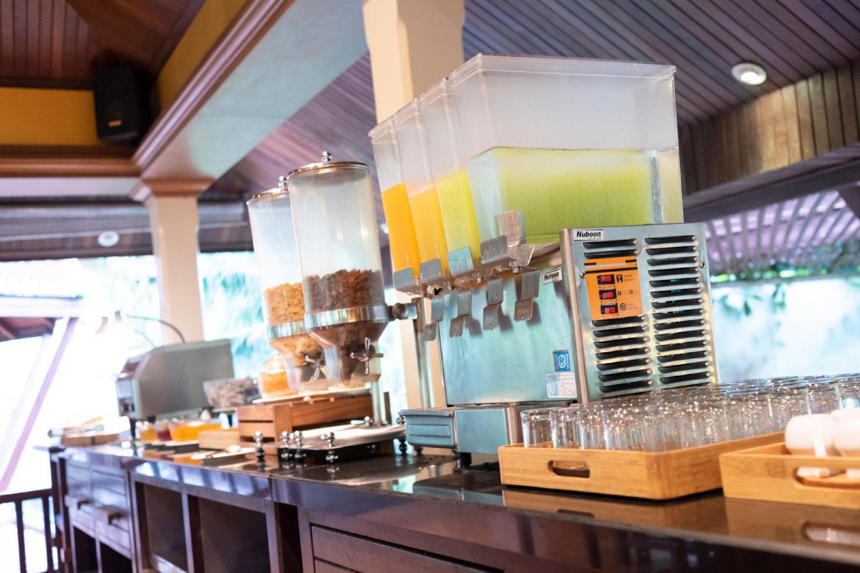 Khaolak Bay Front Hotel - Image 3