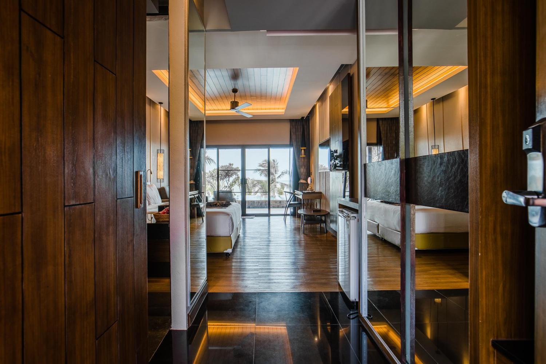 C&N Kho Khao Beach Resort - Image 2