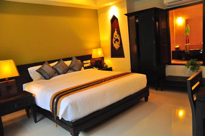 Navatara Phuket Resort - Image 2