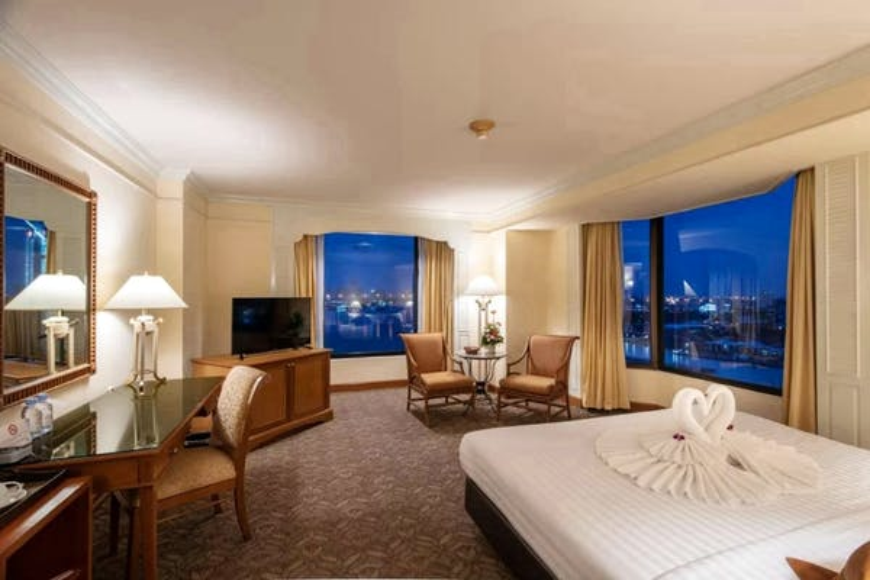 Montien Riverside Hotel - Image 0