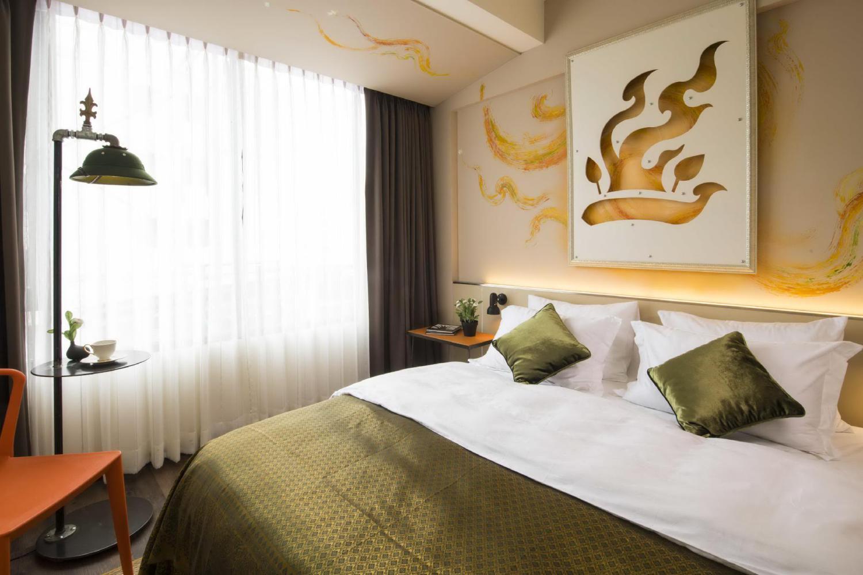 Dhevi Bangkok Hotel - Image 1