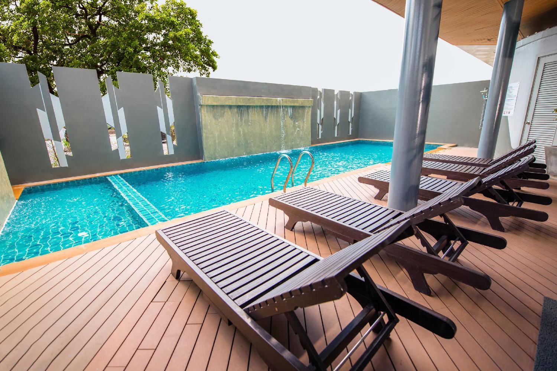 OYO 241 Ratana Hotel Sakdidet - Image 4