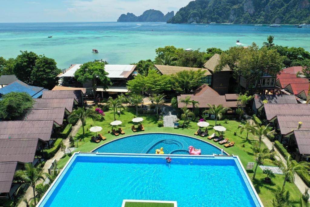 Phi Phi Andaman Legacy Resort