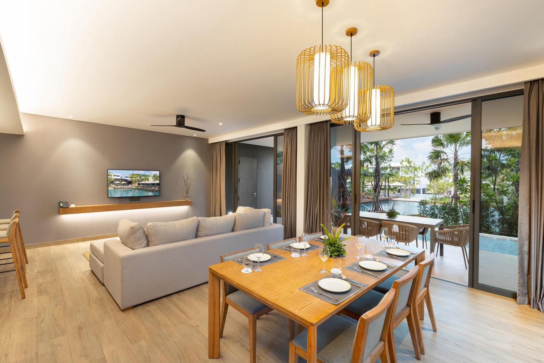 CasaBay Luxury Pool Villas - Image 2