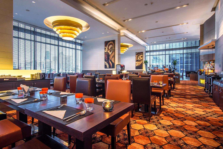 Novotel Bangkok Ploenchit Sukhumvit Hotel - Image 4