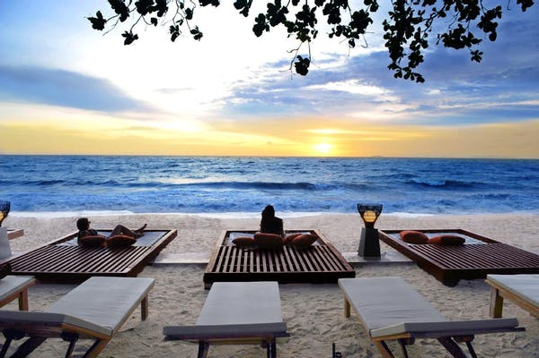 Lanta Sand Resort & Spa - Image 0