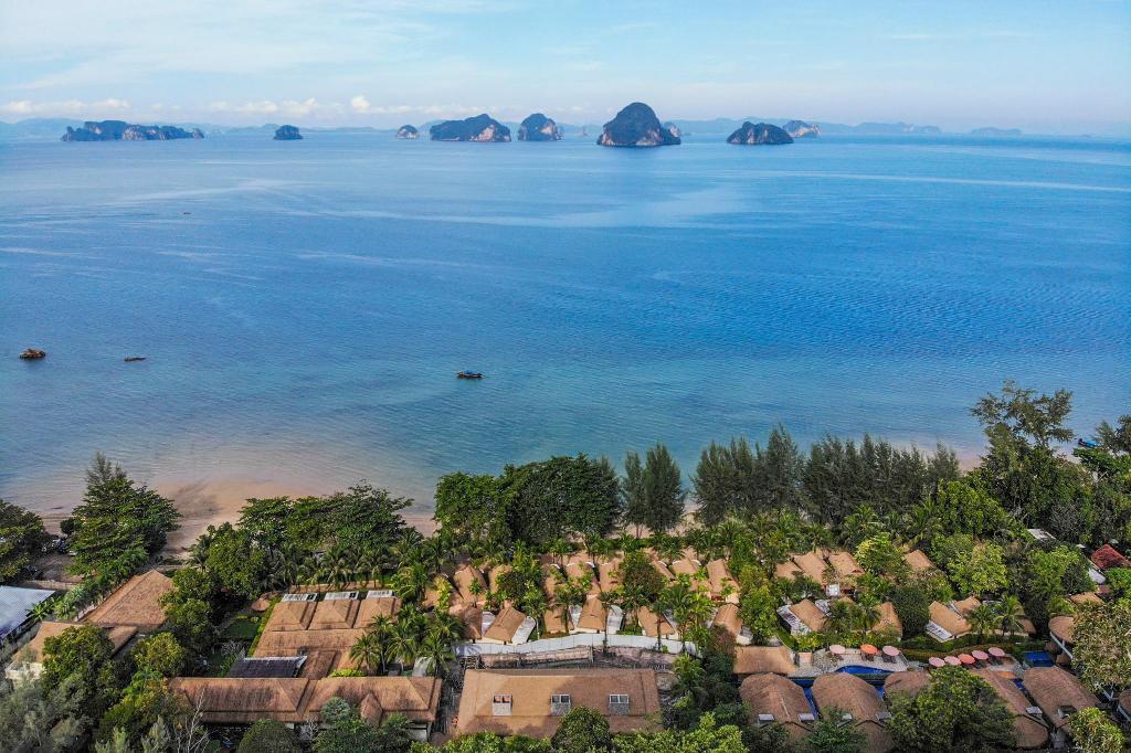 Tup Kaek Sunset Beach Resort - Image 0