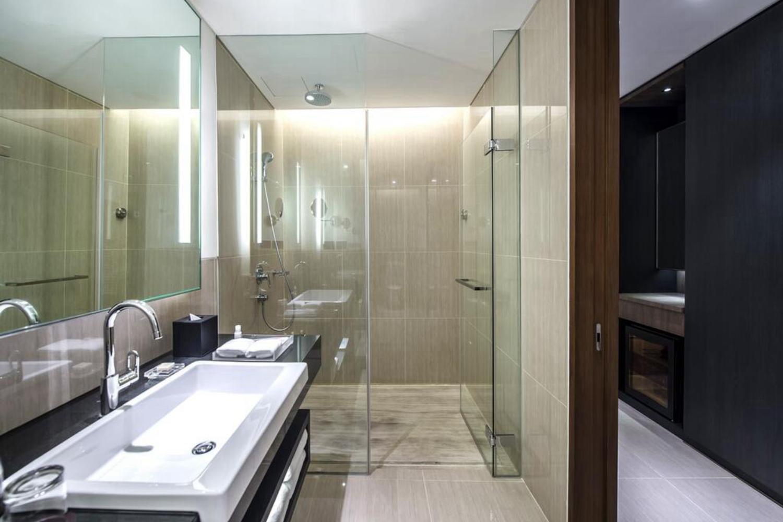 Amara Bangkok Hotel - Image 2