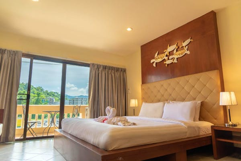 Park 38 Hotel - Image 3
