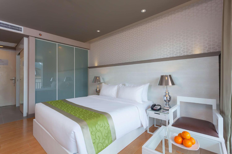 Best Western Patong Beach Hotel - Image 2