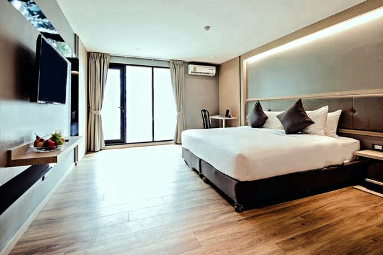 Three Sukhumvit Hotel - Image 5