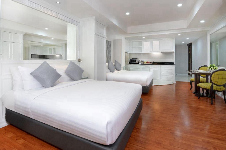 Centre Point Hotel Silom - Image 3