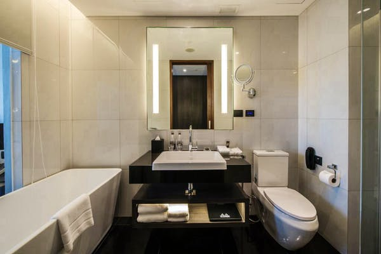 Amara Bangkok Hotel - Image 0
