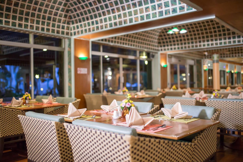 Asia Pattaya Beach Hotel - Image 5
