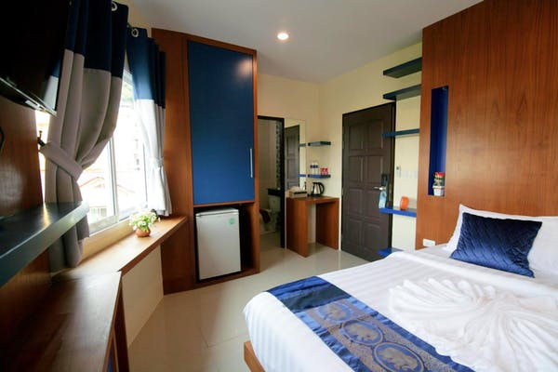 Calypso Patong Hotel - Image 5