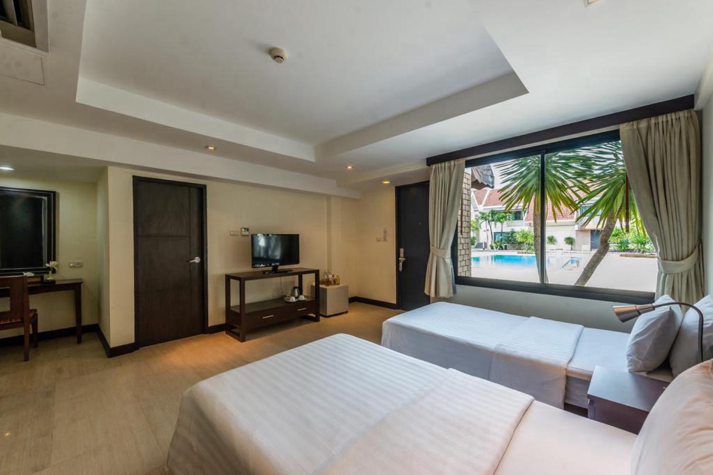 Hotel Tropicana Pattaya - Image 1