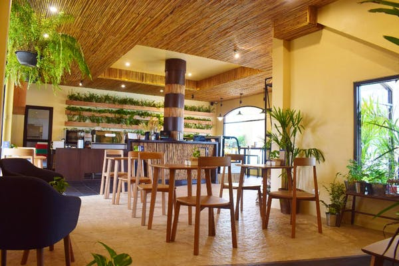 Rawi Warin Resort & Spa - Image 3