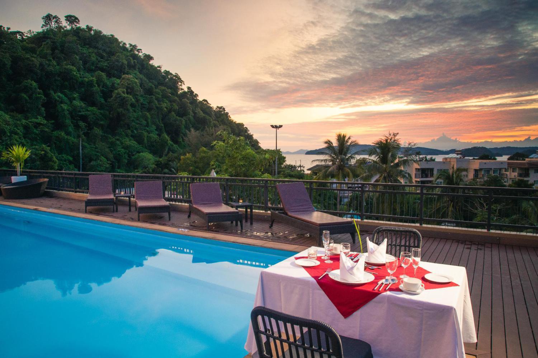 The Small Resort - Image 3